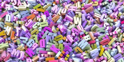 Letras de colores como ejemplo del Principio de Cooperación de Grice
