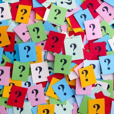 Interrogantes variados como ejemplo de los tipos de preguntas y la efectividad